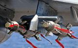 Deux GBU-12 Paveway II avec leur corps de bombe BANG sous l'aile d'un Rafale M F3. (©MBDA)